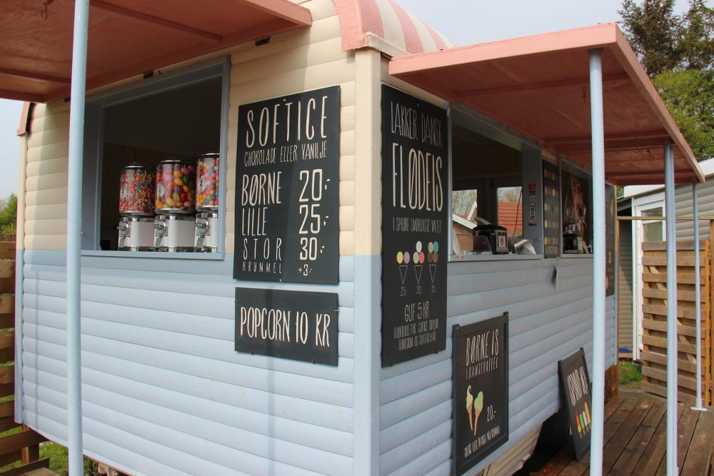 Stillinge strand cafe